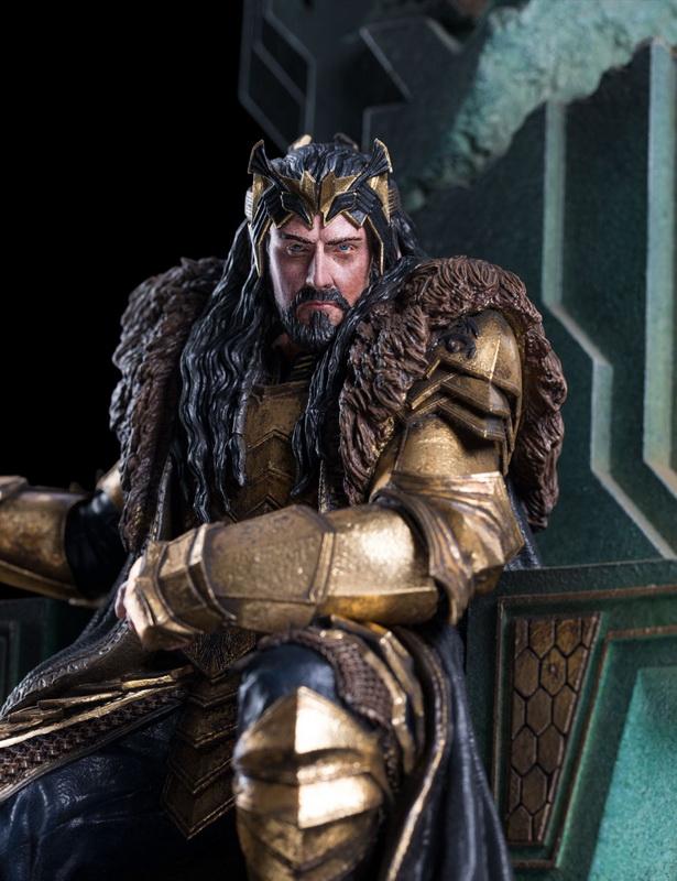 [Bild: Thorin_Throne4.jpg]